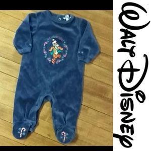 Size 3-6 month Tigger Disney footie pyjamas